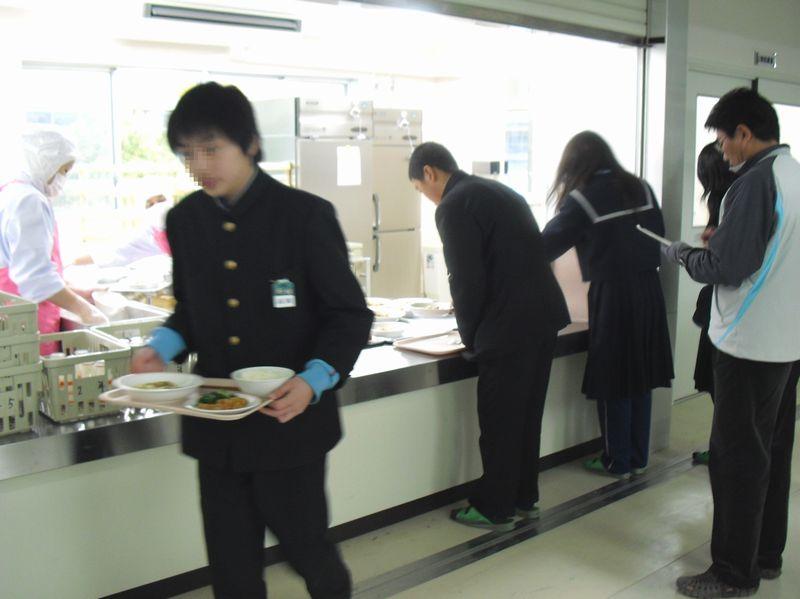 中学校給食の様子 - 富田林市役...